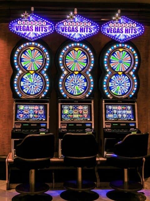 Tjana pengar Ruby Fortune Casino