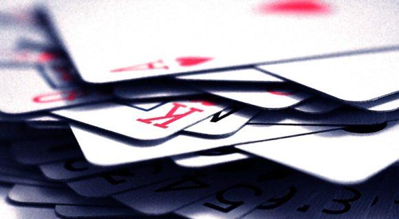 Tjana pengar Titan Poker